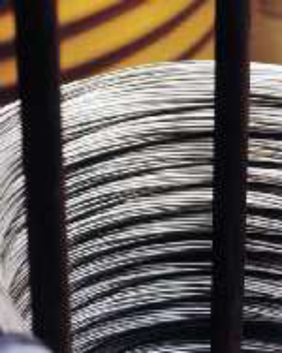 Electropolishing stainless steel wire